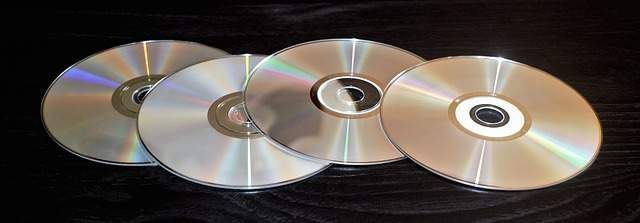 विंडोज 10 पर डीवीडी प्ले नहीं (SOLVED)
