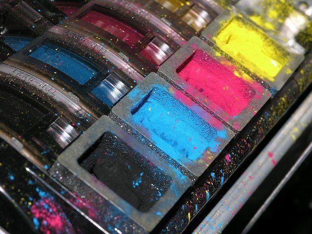 (हल) HP प्रिंटर रिक्त पृष्ठों को मुद्रित करता है | 2020 टिप्स
